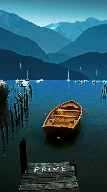 Take a day trip to Annecy   Lac d'Annecy France   One hour drive from Chamonix   Collineige.com