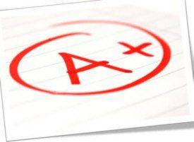 Estoy orgulloso de las califcaciones que he recibido. Trabajo muy duro en la escuela, y estoy orgulloso que mis calificaciones reflejan este.