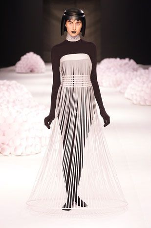 Jum Nakao Robes Haute Couture En Papier Decoupe Jum Nakao In 2018