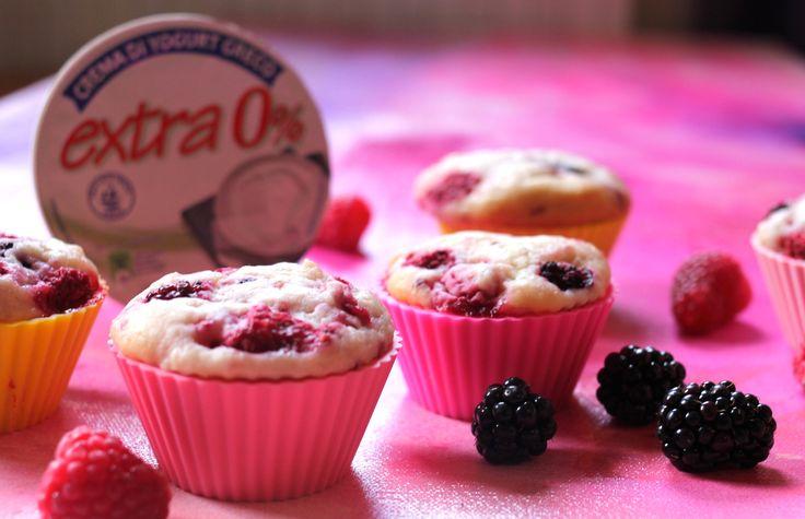 Che ne dite di iniziare la giornata con questi muffin con CREMA DI YOGURT GRECO MEVGAL 0%?
