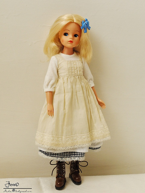 it it wrong to want to dress the same as a Sindy?