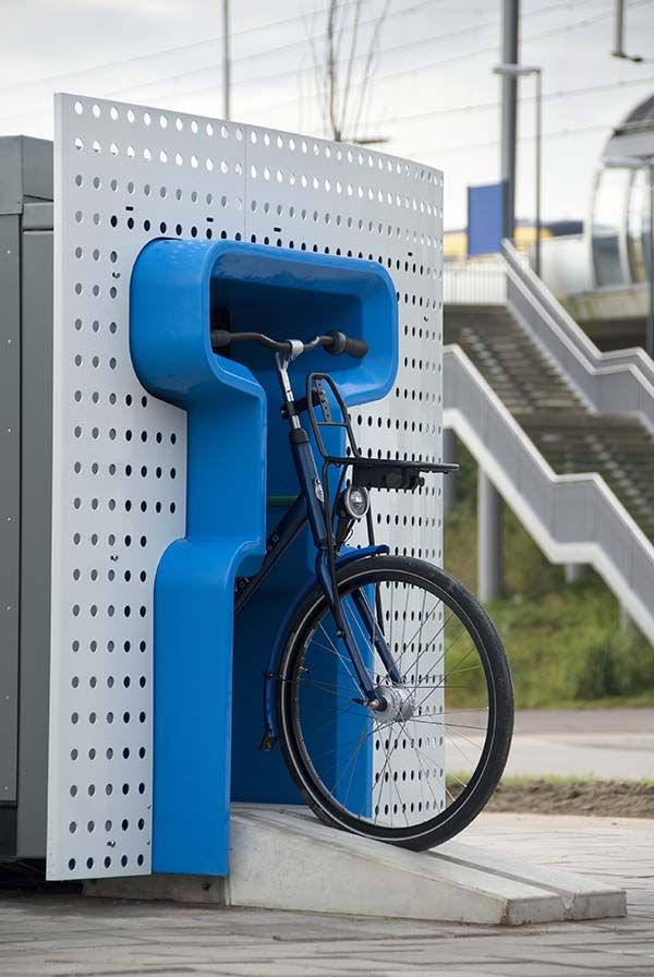 The Bike Dispenser first came out in 2005 in Eindhoven, Netherlands. It's actually a renting machine – users have to return the bike to the nearest dispenser at their destination. The bikes are equipped with RFID tags that allows the company to track the bikes, in case people forget that they left their rented bike at home.
