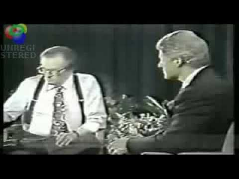Bill (I'd tap that) Clinton and Larry King off air ...interesting, this may explain MUCH about the mainstream media today.