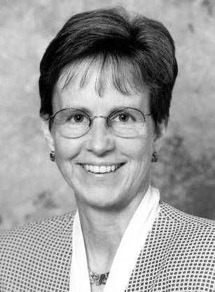 Dr. Ann Connor Jobe has always been fascinated with the science of medicine. After a career in nursing she trained as a physician and later become dean of Mercer University School of Medicine in Macon, Georgia, when only eight women served as deans in United States medical schools.