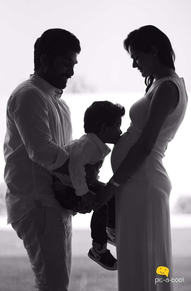 The most adorable couple of Tollywood Allu Arjun and Sneha Reddy are all set to become parents for the second time. The duo is expecting their second child in November 2016. The much-in-love couple already have two-year-old son named Allu Ayaan and the baby boy is already a star with pictures of him floating around …