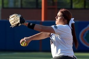 Haeger is the third Honda Award nominee in Gator softball history. (Photo: Jim Burgess)