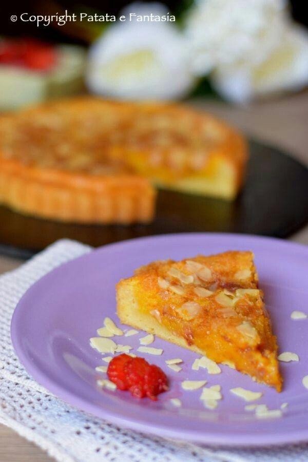 CROSTATA CON FROLLA DI PATATE E CREMA FRANGIPANE AL PROFUMO DI ZAFFERANO Ricetta realizzata per il #contest di fuudly e zaffy #food #foodporn #foodie #confortfood #cremaFrangipane #ricette #ricettario #patataefantasia #ricetteperpassione #dolce #dolci #crostata #frollapatate #ricettedolci #cake #festività #cucinadolci #zafferano   #dolcizafferano #ricette #fragole #tortafacile #tortacrema #dolcissima