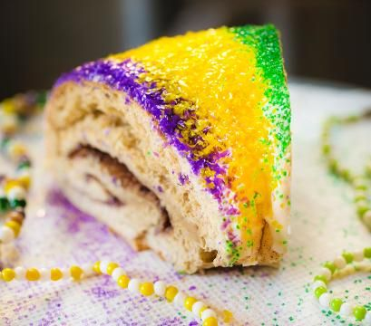 Authentic NOLA King Cake recipe - and scroll down for super easy cheating recipe using canned cinnamon rolls