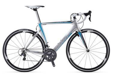 Estàs pensant a canviar-te o comprar-te una bicicleta de carretera? Aprofita les ofertes de Giant Bicycles en els models TCR 0 COMPACT LTD i PROPEL ADVANCED 2 LTD! Consulta'ns preus i sent-te com al Tour / ¿Estás pensando en cambiarte o comprarte una bici de carretera? Aprovecha las ofertas de Giant Bicycles en los modelos TCR 0 COMPACT LTD y PROPEL ADVANCED 2 LTD! Consúltanos precios y siéntete como en el Tour - Foto: Giant PROPEL ADVANCED 2 LTD