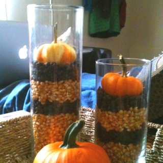 Easy and cheap fall decor. Popcorn, coffee, pumpkins