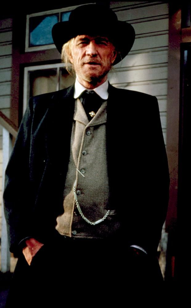 "Richard Harris in ""Unforgiven"" (1992). Director: Clint Eastwood."