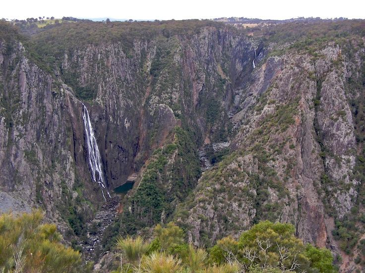 Wollomombi Falls - Oxley Wild Rivers National Park