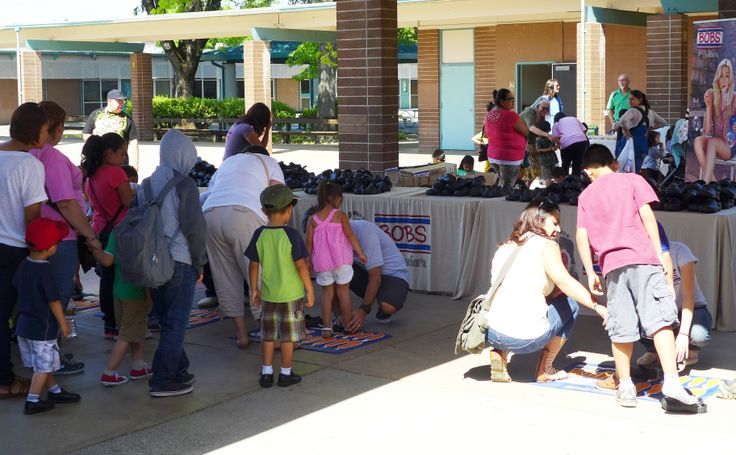 1,000 pairs of new BOBS from SKECHERS shoes were donated to children in need in Santa Rosa, California.