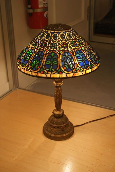 A Tiffany Studios Quot Venetian Quot Small Desk Lamp With A 13