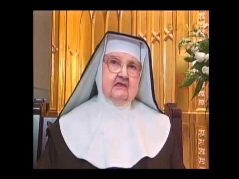 The (FULL) Chaplet of Saint Michael With Mother Angelica (25 mins) (CLICK ON BOTTOM LINK TO WATCH!)