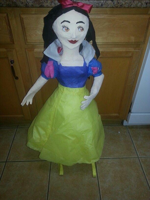 Snow white! >>>>> https://m.facebook.com/profile.php?id=1400364433515825