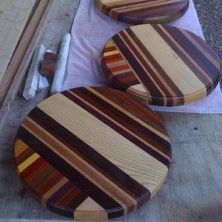 Love the colors!!!! Tre Amici Custom Boards. www.verismowines.com