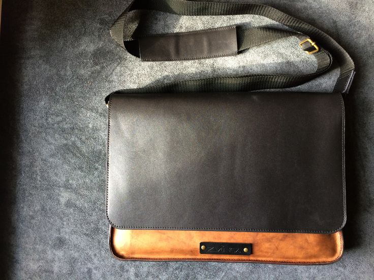ZVINCA Leather Bag for MacBook Pro 15''