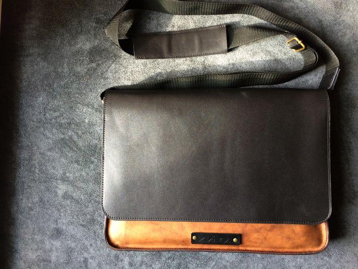 ZVINCA Leather Bag for MacBook Pro 15''
