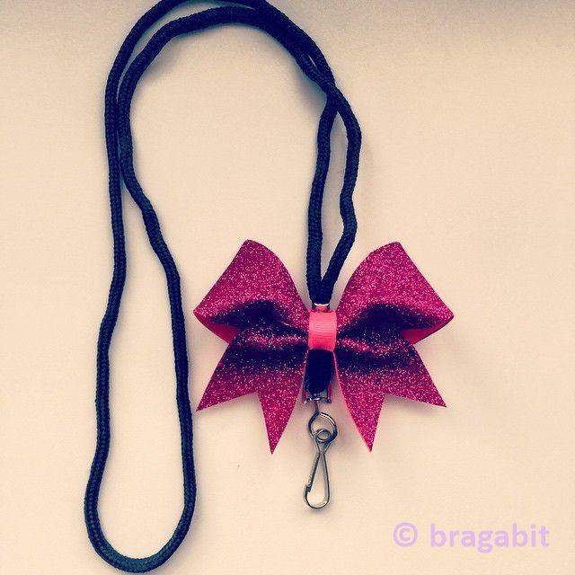 Mini glitter cheer bow lanyard Like & Repin. Follow Noelito Flow instagram http://www.instagram.com/noelitoflow