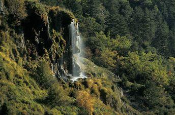La résurgence de Saint Maurin, l'un des joyaux méconnus des Gorges du Verdon