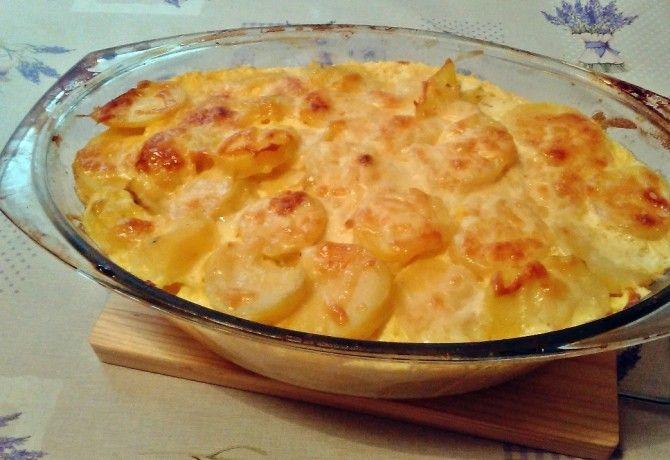 Extra sajtos rakott krumpli
