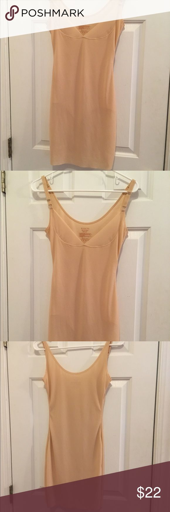 Size medium Assets by Spanx body shaper Nude color size medium body shaper by assets by Spanx, excellent condition and rarely worn. SPANX Intimates & Sleepwear Shapewear
