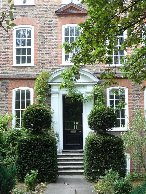 Wilberforce House: Clapham Common Date with No Strings London http://www.nostringslondon.co.uk/