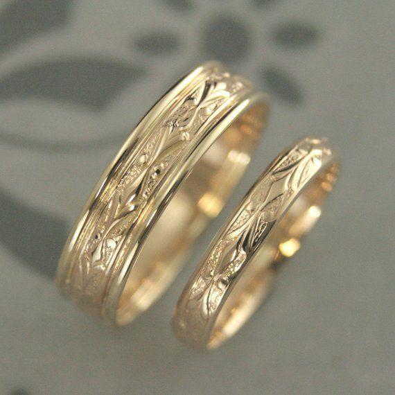 Gold Wedding Set Wedding Band Set Wedding Ring Set 14k Edwardian Set His And Hers Bands His And Hers Rings Gold Couples Rings Couples Bands In 2020 Wedding Rings Sets His