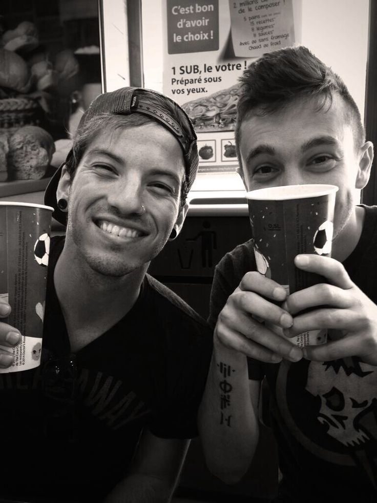 Tyler Joseph and Josh Dun of twenty one pilots skeleton clique stay street stay alive