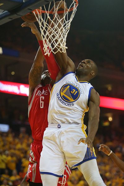 Description of . Golden State Warriors\' Festus Ezeli (31) battles with Houston Rockets\' Terrence Jones (6) in the first quarter of Game 2 of the NBA Western Conference finals at Oracle Arena in Oakland, Calif., on Thursday, May 21, 2015. (Jane Tyska/Bay Area News Group)