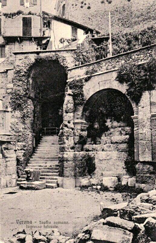 Verona storica - l'ingresso laterale al Teatro Romano - cartolina primi anni 1900.