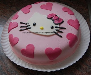 Tarta fondant Hello Kitty                                                                                                                                                                                 Más