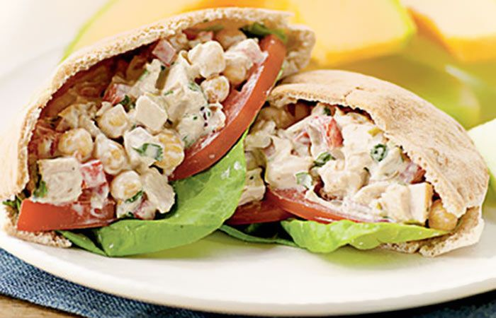 Chicken Salad Pita 1 wheat pita stuffed with 1\2 cup of chopped chicken breast, 1\2 grated apple and 1 teaspoon of low fat Greek yogurt.