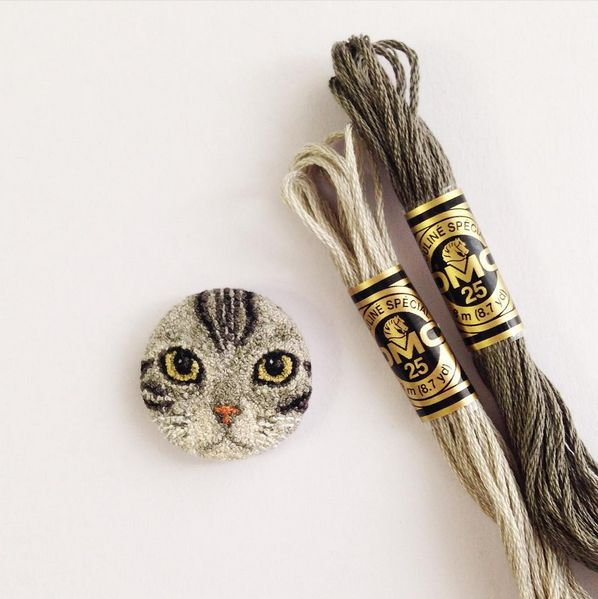Today the Department of Tiny Treasures is enjoying these adorable food and animal embroideries made by Japanese hand embroidery artist Ipnot. Follow Ipnot on Instagram to check out more of their work, like this itty-bitty kitty: [via lustik]
