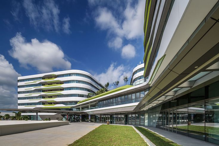 UNStudio and DP Architects complete phase one of sustainable Singapore University of Technology & Design
