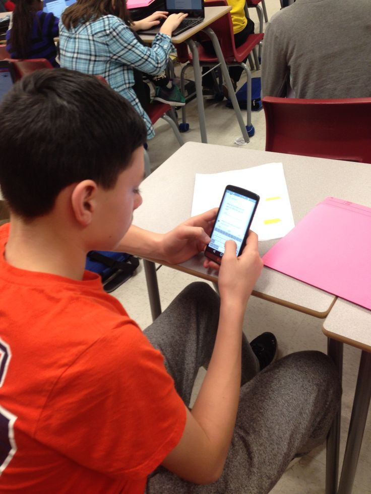 Frank Ryan students using google forms to carry out and track assessments