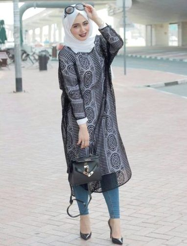 lace black long tunic hijab style- How to wear long tunic with hijab http://www.justtrendygirls.com/how-to-wear-long-tunic-with-hijab/