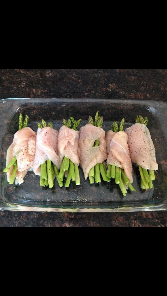 6 boneless chicken breasts 1 bunch of asparagus 1 tsp garlic powder 1 tsp salt 1/2 tsp pepper 1. Set oven to 350 for 25 minutes. Butterfly chicken breasts (it makes it easier to stuff them). Sprink...