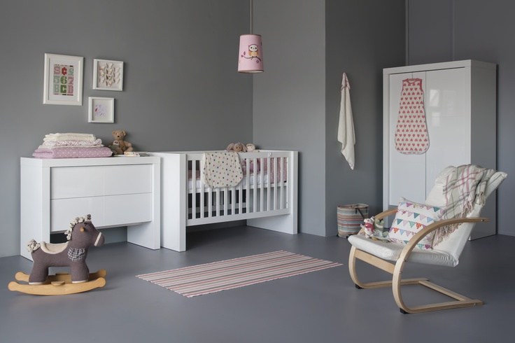Kidsmill Diamond Glossy White Roomset. A contemporary collection that says glossy, minimalist gorgeous.
