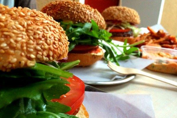 Burger im Schiller Burger in Berlin Friedrichshain. #burger #berlin