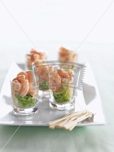 17 best images about canapes appetizers on pinterest for Prawn cocktail canape