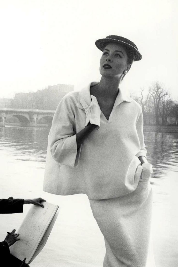 TRENDZINE: A LOOK ON #MID-CENTURY #FASHION - More articles at: http://www.delightfull.eu/en/inspirations