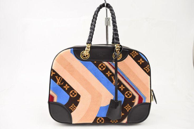 Louis Vuitton. Paris. ONLINE ONLY. 2014AW Collection Bowling Handbag