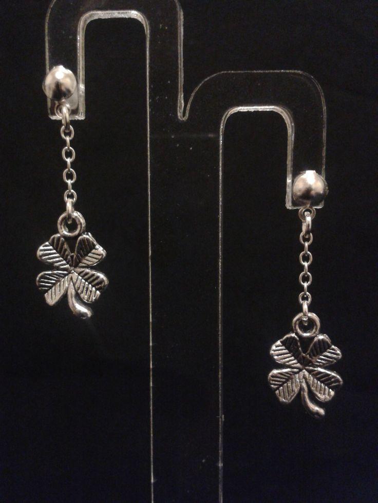 Boucles d'oreilles trèfle à quatre feuilles avec chaines - argenté - 3.5 cm : Boucles d'oreille par l-ebauche-du-temps