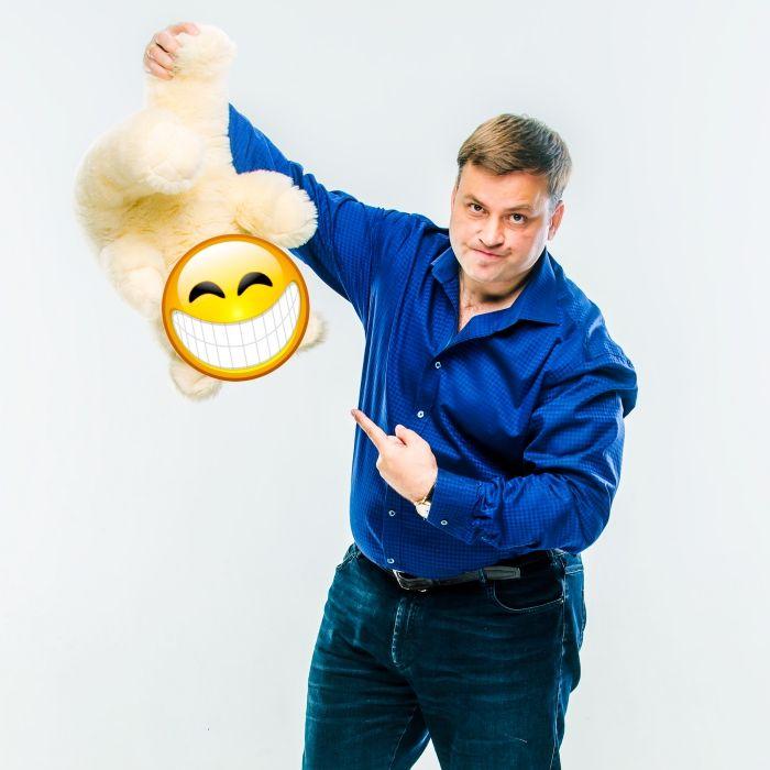 Чтобы целостной личностью быть, прекратите позитивным притворяться и позвольте темным сторонам себя иногда проявляться! Слушайте НОВЫЙ подкаст: http://latansky.com/blog/zhizn-so-smyslom/kak-izbavitsya-ot-illyuzij-5-lovushek-pozitivnogo-myshleniya-457.html