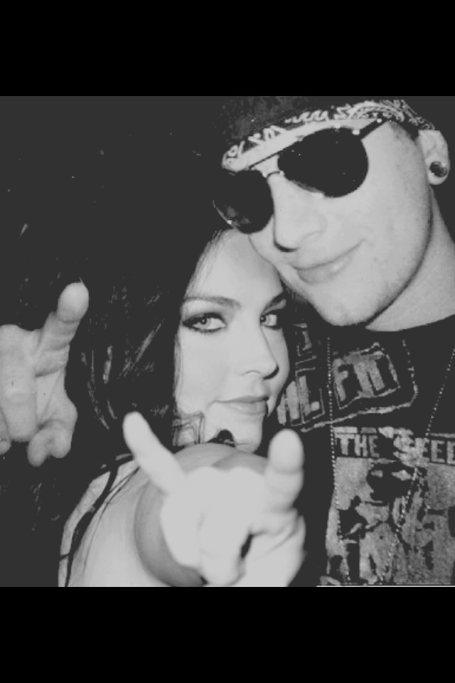 evanescence and m.shadows <3 beautiful ^,^