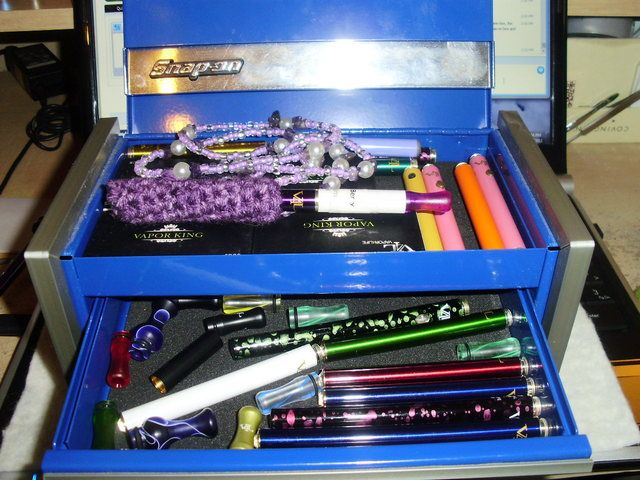 What do jewelry boxes, tool trays, and tackle boxes have in common? They do a fab job of organizing your vaping gear! Photo courtesy of V4L Forum member kurora.
