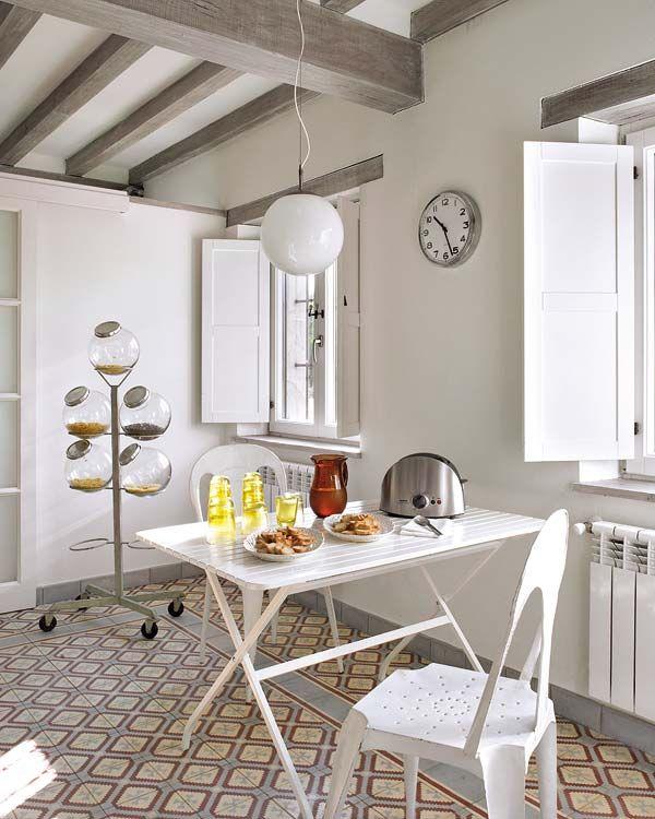 Haute Design by Sarah Klassen: Interior: A Kitchen of Brightness