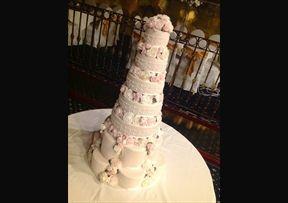 7 tier Laura #Wedding #Cake
